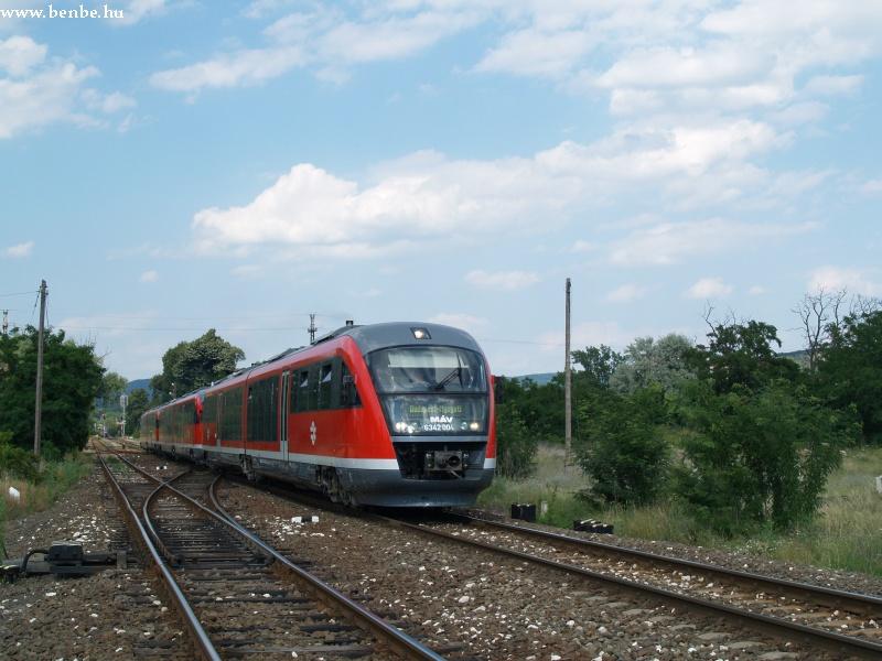 6342 004-? és két társa indul Budapestre fotó