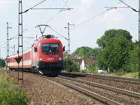 The 1116 005-8 near Vértesszõlõs