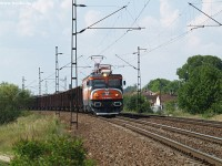 91 55 0400628-8 with a coal train near Vértesszõlõs