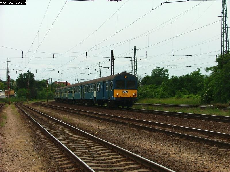 BDt 362 érkezik Budaörsre fotó