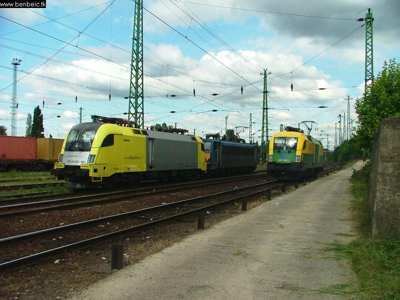 Együttállás, ezúttal Dispolok, Gigant és Fürdõkád fotó