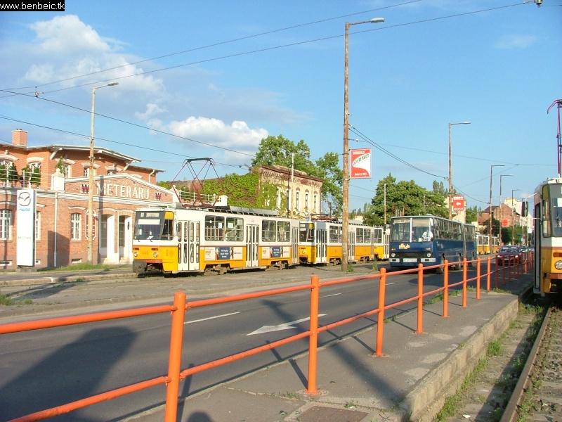 Bécsi út, Végállomás fotó