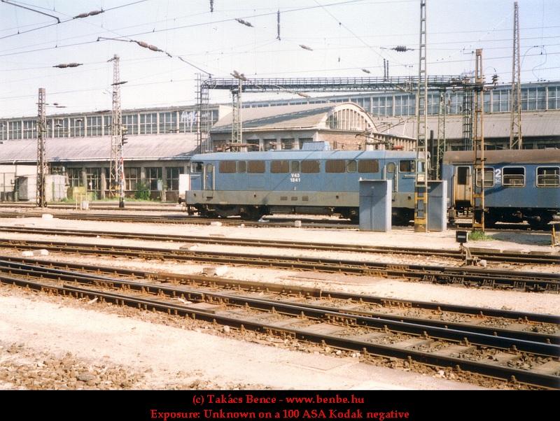 V43 1241 a Nyugati pályaudvaron fotó