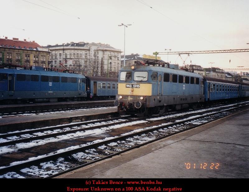V43 1315 a Déli pályaudvaron fotó