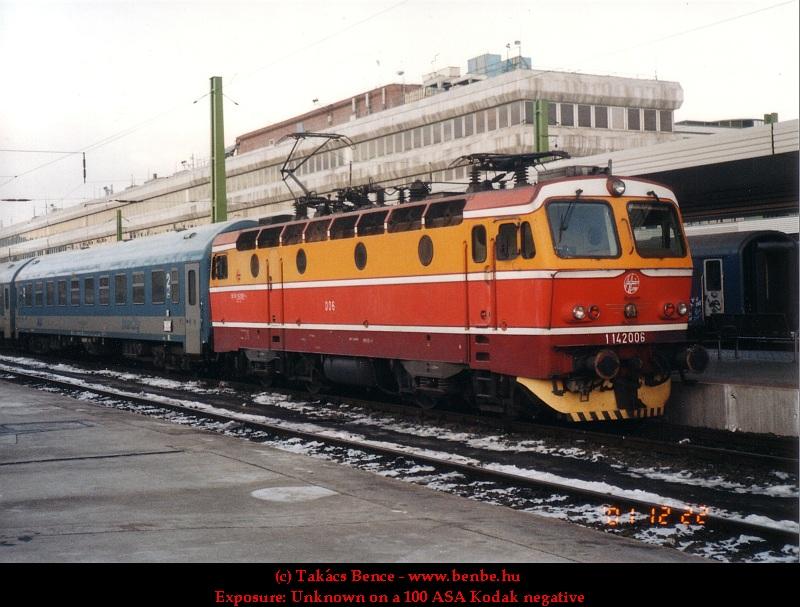 1142 006 a Déli pályaudvaron fotó
