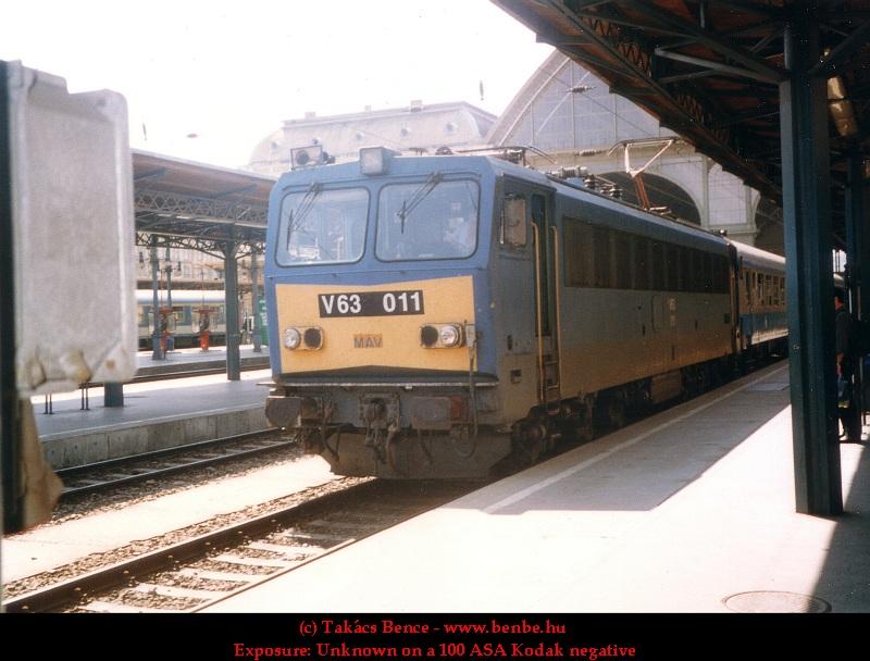 V63 011 a Keleti pályaudvaron fotó