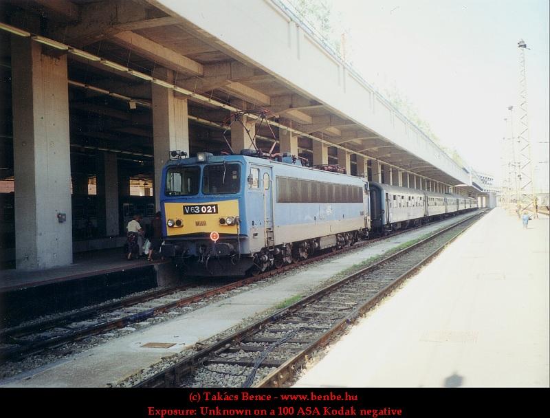 V63 021 a Nyugati pályaudvaron fotó