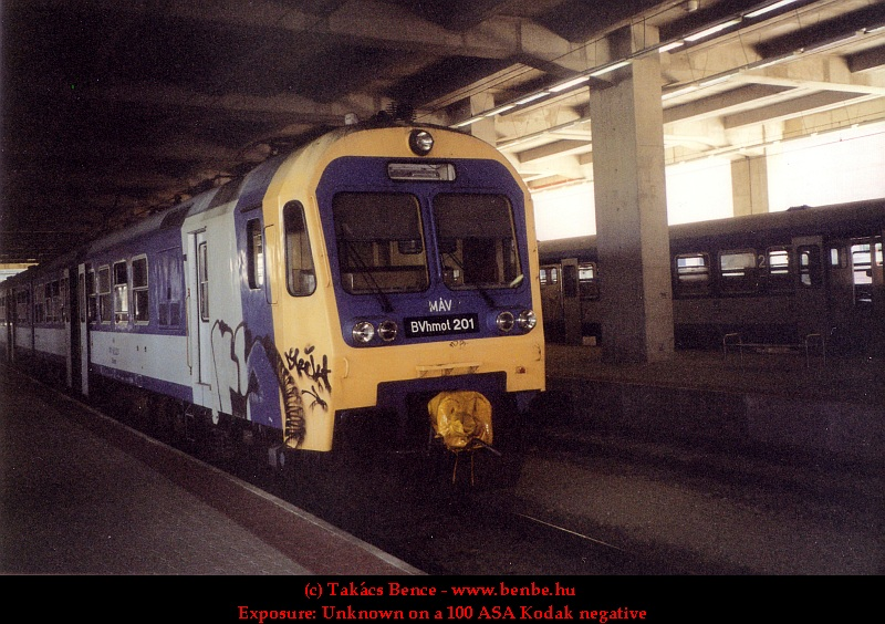 BVhmot 201 a Nyugati pályaudvaron fotó