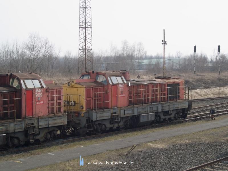 M40 909 és 911 Záhonyban fotó