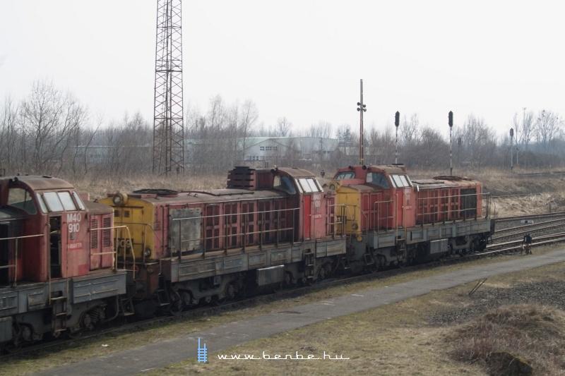 M40 910, 909 és 911 Záhonyban fotó