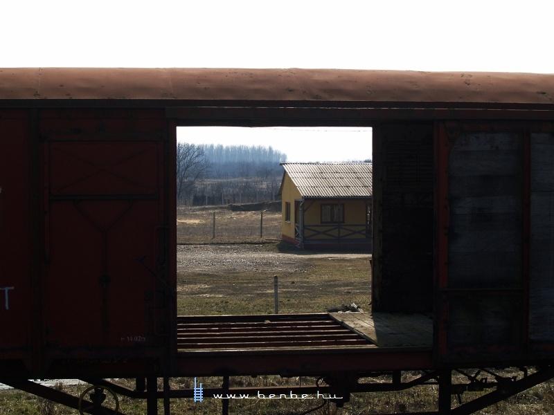 Albán hangulat az ország legszínesebb vasútállomásán fotó