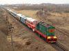 ЧМЭ3-3375 és M61 001 a Kárpátalja-expresszel Bátyú (БАТЬОВО-ПАС) állomás és Bótrágy (З.П. БАТРАДЬ) között a régi delta elágazásánál