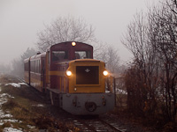 The Mátravasút Mk48 410 seen between Elágazás and Jánoska