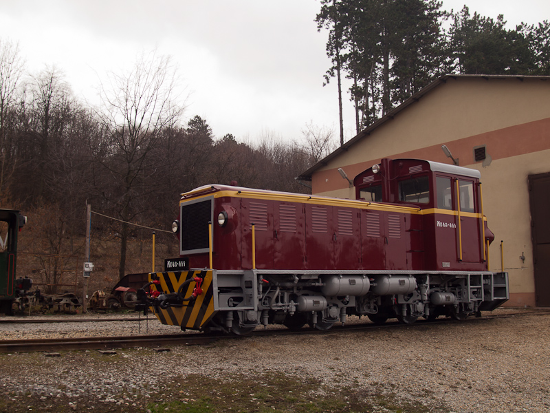 A Mátravasút Mk48-411-ese Szilvásváradon, a fűtőházban fotó