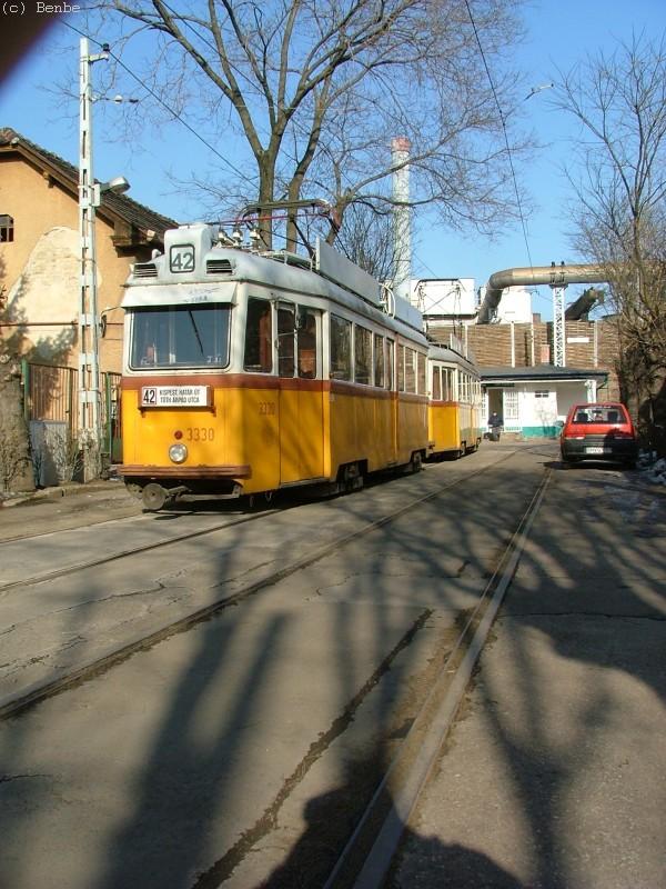 42-es villamos a Tóth Árpád utcai végállomáson fotó
