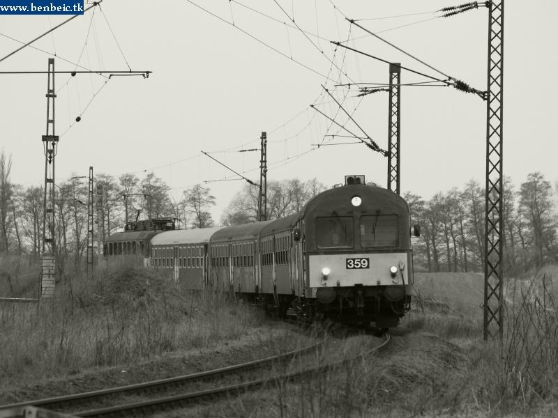 BDt 359 érkezik Környére fotó