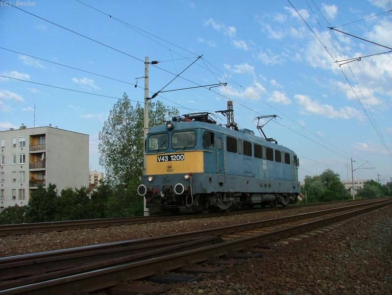 V43 1200 a Körvasúton fotó