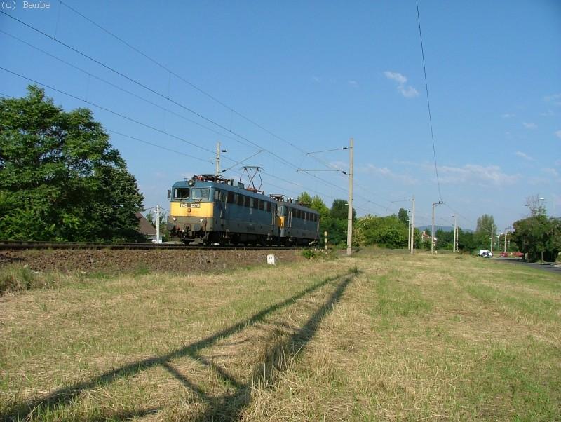 V43 1375 és 1312 csatolt gépmenetben a Körvasúton fotó