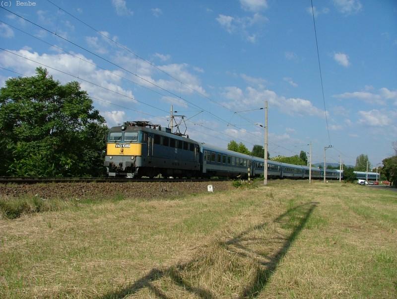 V43 1089 és a Latorca IC a Körvasúton fotó