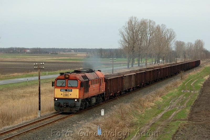 M62 163 Felsõkörtvélyes és Sárbogárd között fotó