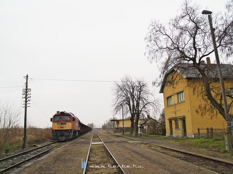 M62 163 Aba-Sárkeresztúron fotó
