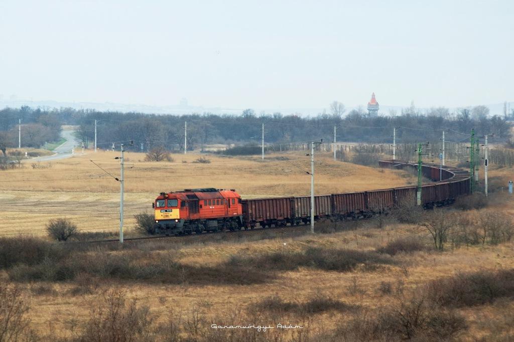 M62 163 Öskü elõtt fotó