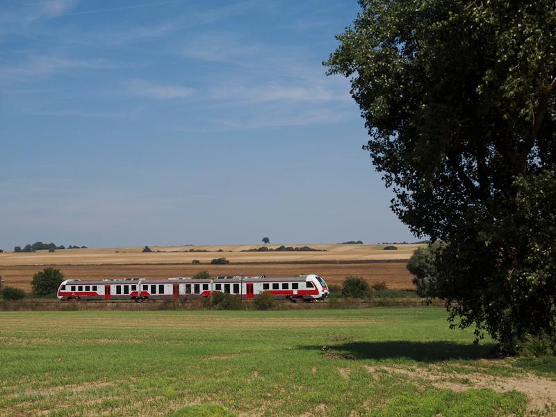 A ŽSSK 861 010-1 Galgócz és Décskelecsény között fotó