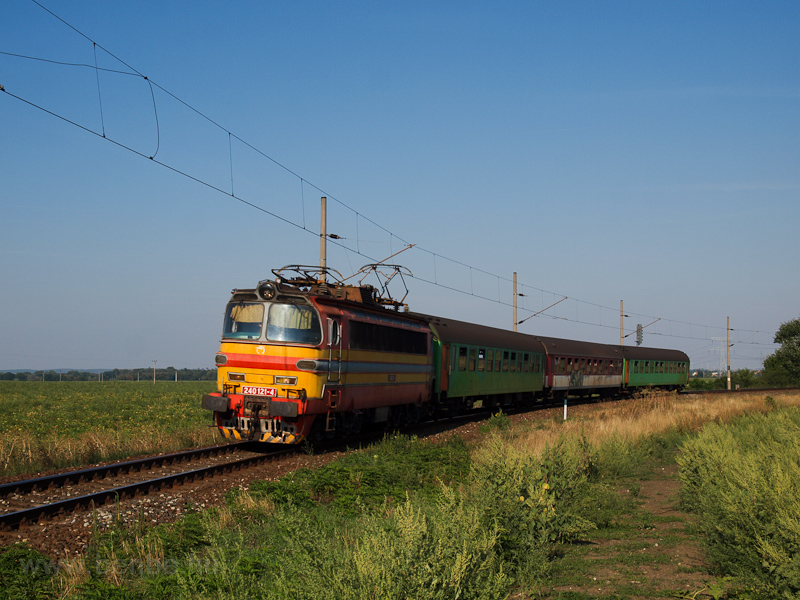 The ŽSSK 240 121-4 see photo