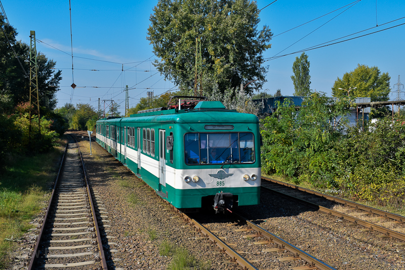 A MÁV-HÉV MX 885 Szigetszen fotó