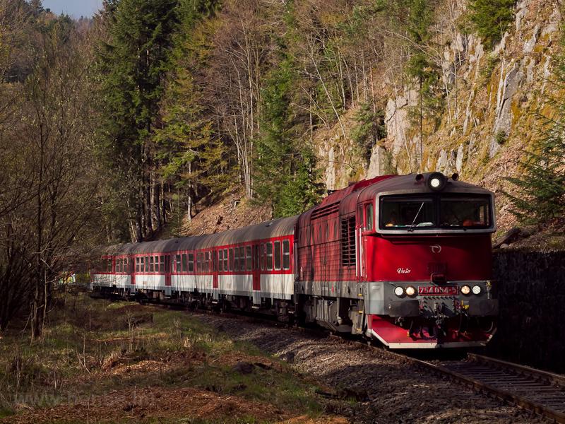 A ŽSSK 754  054-5  Vaso  Jánoshegy és Körmöcbánya között fotó