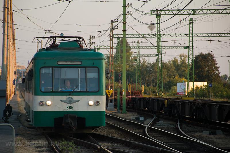 A MÁV-HÉV MX 885 Kén utca m fotó
