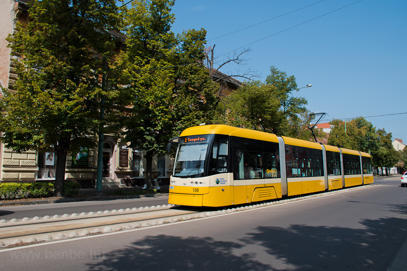 The SZKT Pesa Swing 108 see photo