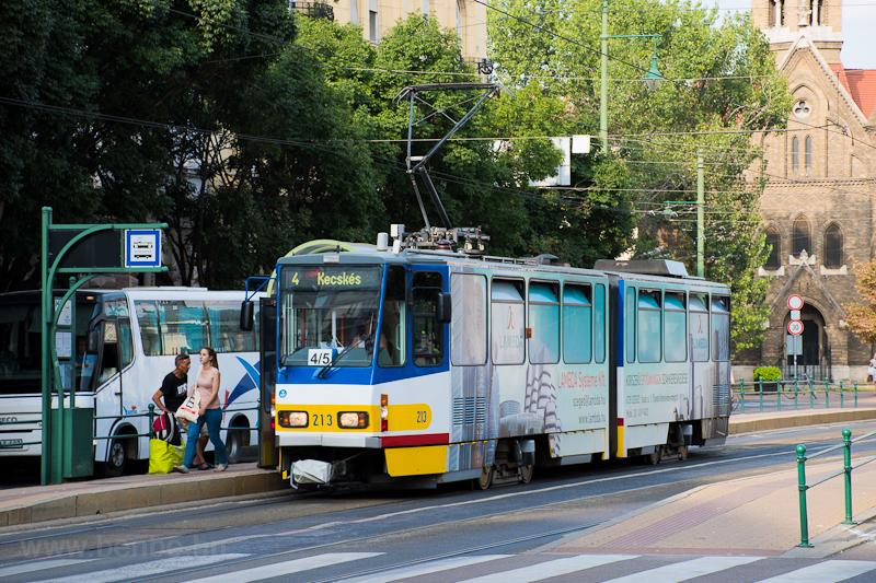Az SZKT Tatra KT4 213 Szege fotó