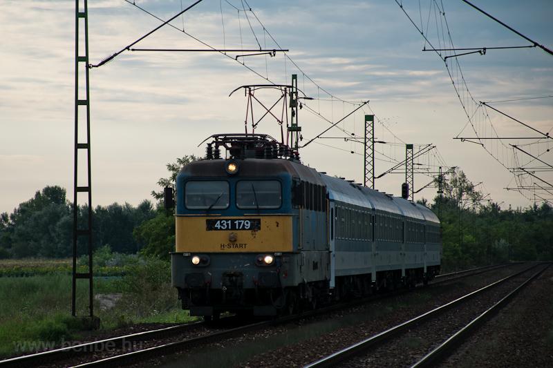 The MÁV-START 431 179 seen  photo