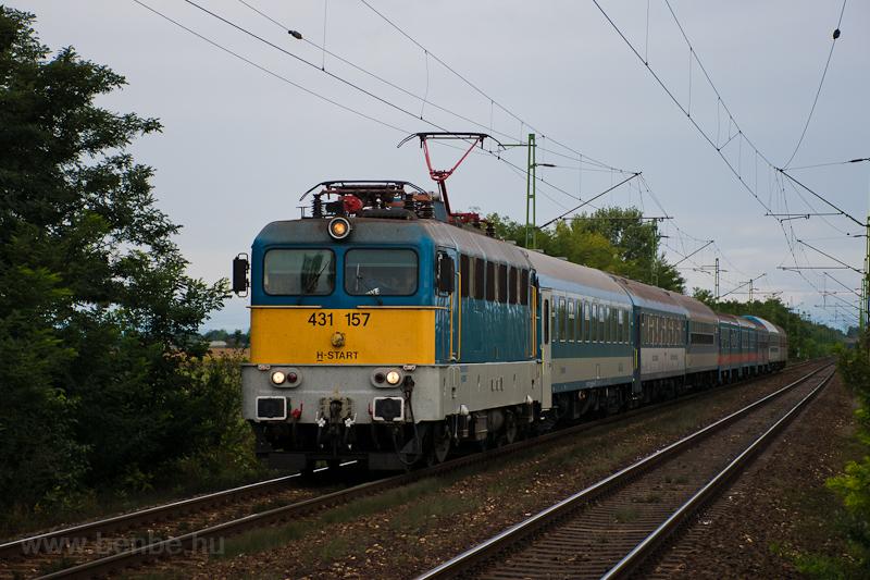 The MÁV-START 431 157 seen  photo