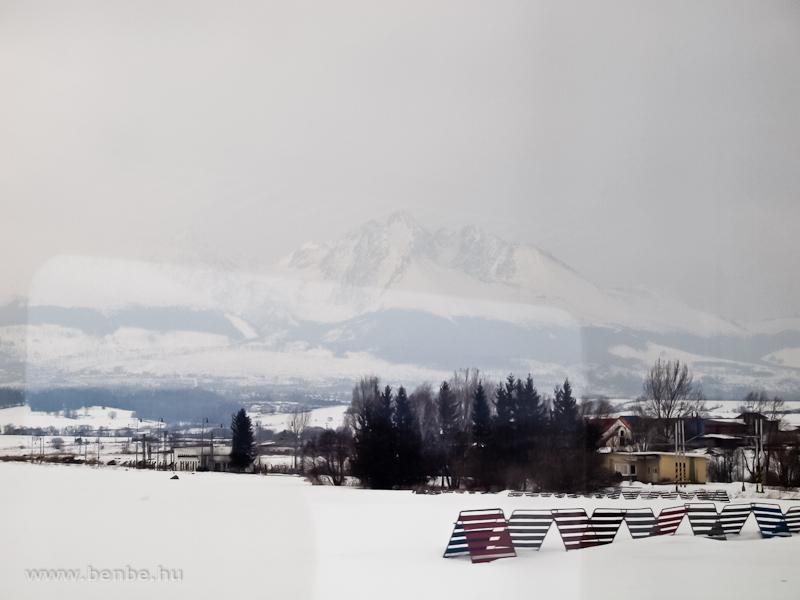 A Lomnici-csúcs Nagyszalókról nézve (Vel'ky Slavkov, Szlovákia) fotó