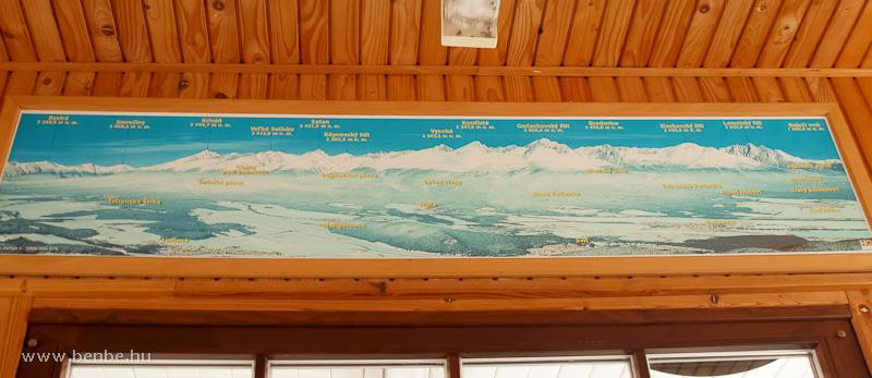A Magas-Tátra látképe az egyik ótátrafüredi restiben fotó