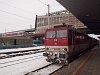A ZSSK 163 051-6 pályaszámú Pershing egy személyvonattal Poprad-Tatry állomáson