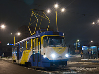 Tatra T3-as villamos Kass�n, a Főp�lyaudvar előtt