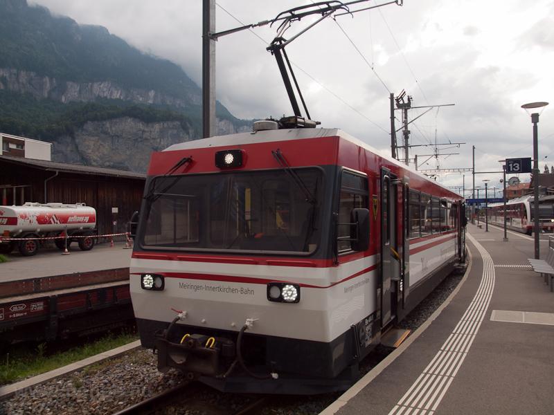 A Meiringen-Innertkirchen-Bahn Be 4/4 8 Meiringen állomáson fotó