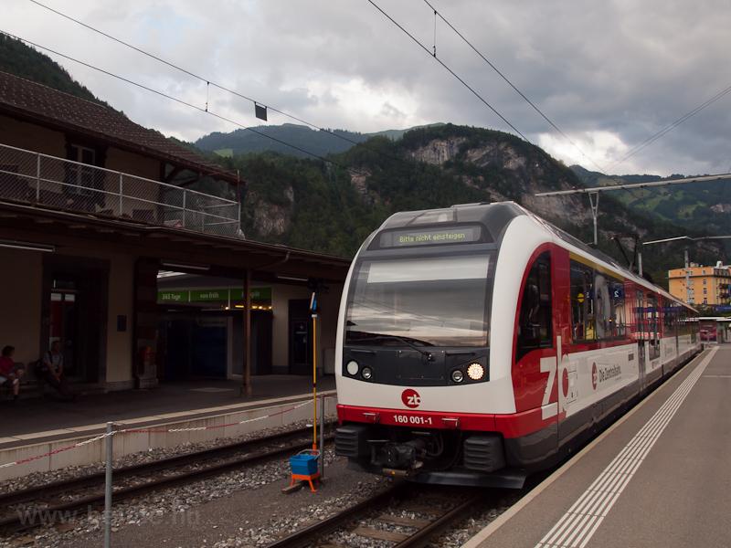 A Zentralbahn ABeh 160 001-1 pályaszámú  FINK  motorvonata Meiringen állomáson fotó