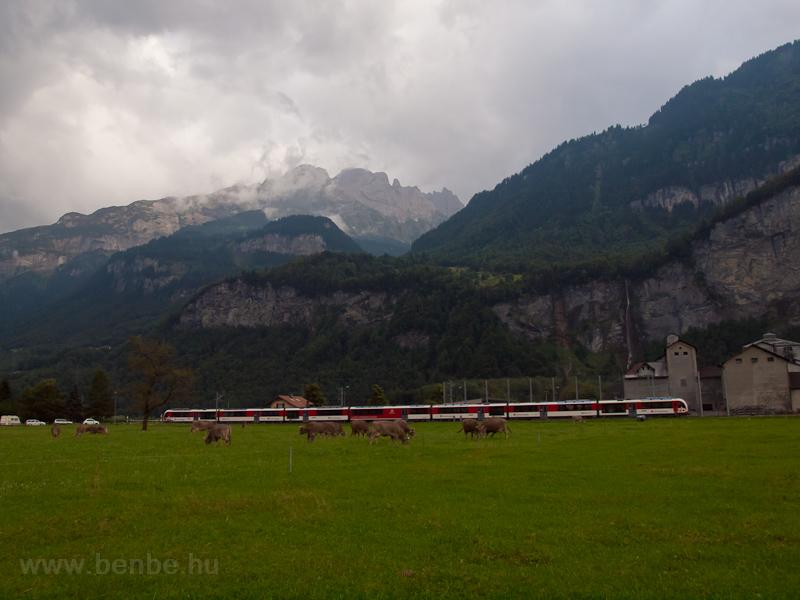 An unidentified Zentralbahn ABeh 160  seen between Meiringen and Unterbach photo