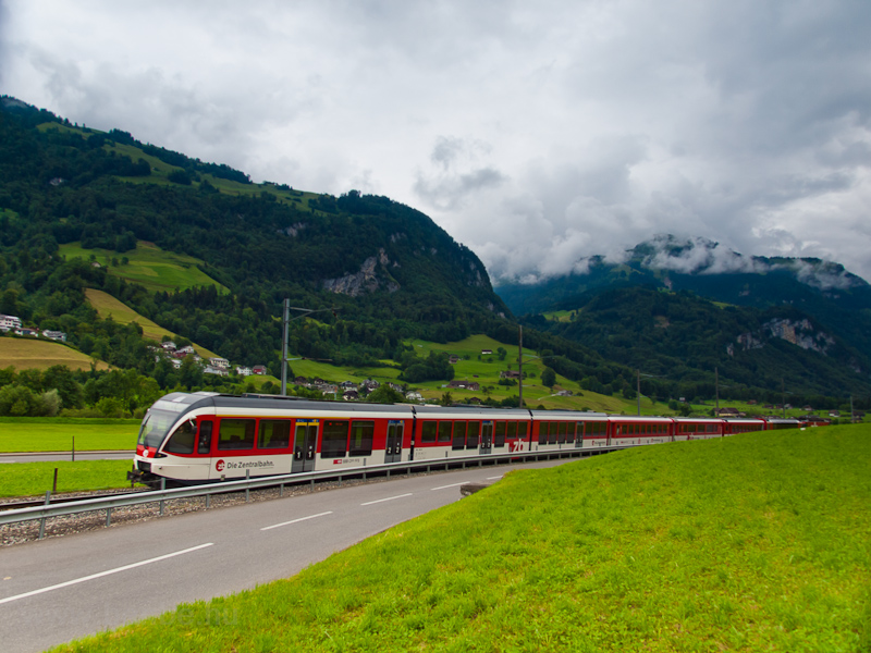 The Zentralbahn ABt8 943-6  photo