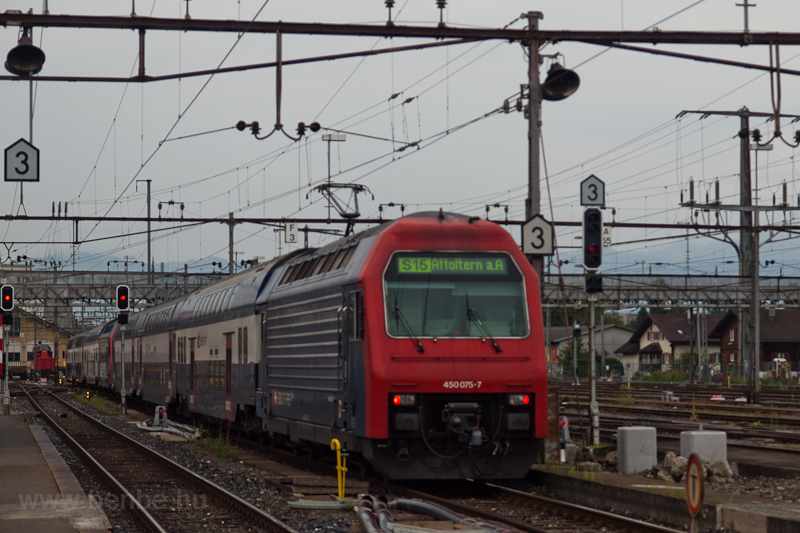 The SBB Re 450 075-7 seen a photo
