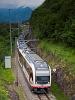 A Zentralbahn ABReh 150 103-6 pályaszámú Adler távolsági motorvonata Niederried és Oberried között