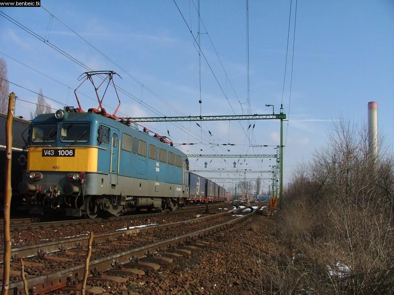 V43 1006 Ferencvárosnál fotó