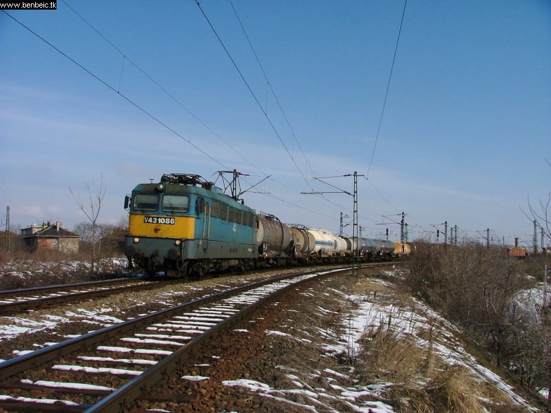 V43 1086 kijár Kõbánya Felsõrõl fotó