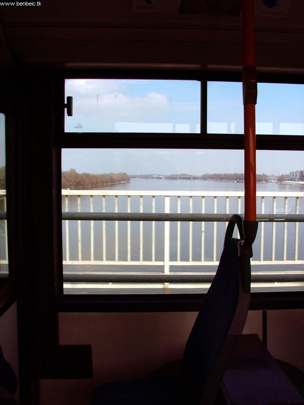A pótlóbusz ablakából... fotó