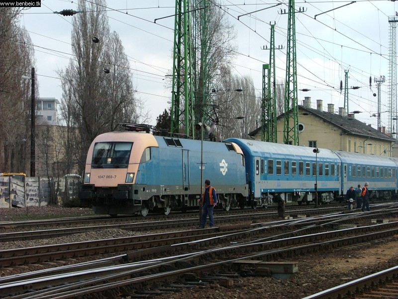 1047 003-7 Ferencvárosban fotó