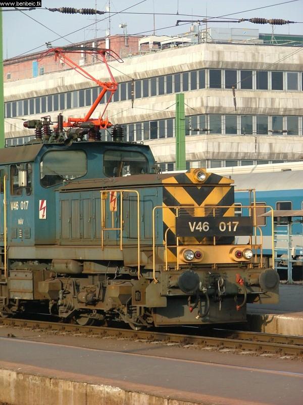 V46 017 a Déli pályaudvaron fotó